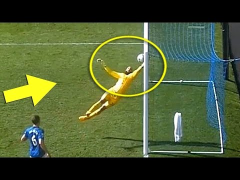 Top 15 Quick Goalkeeper Reflexes ● Amazing Saves HD