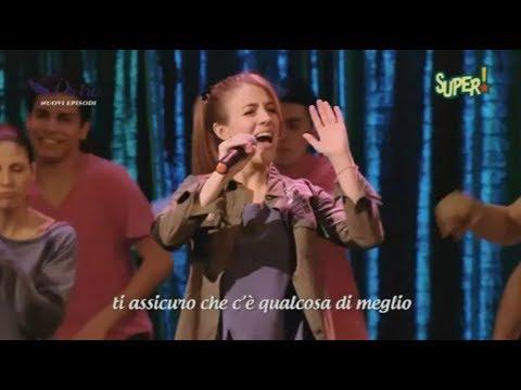 Love Divina - Divina canta