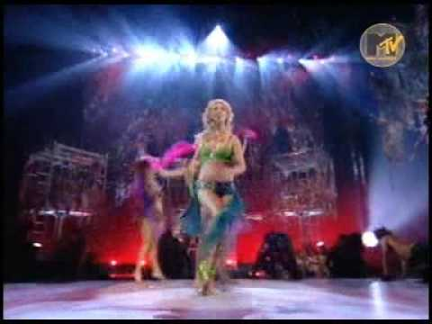 Britney Spears I'm a slave for you live at MTV 2001