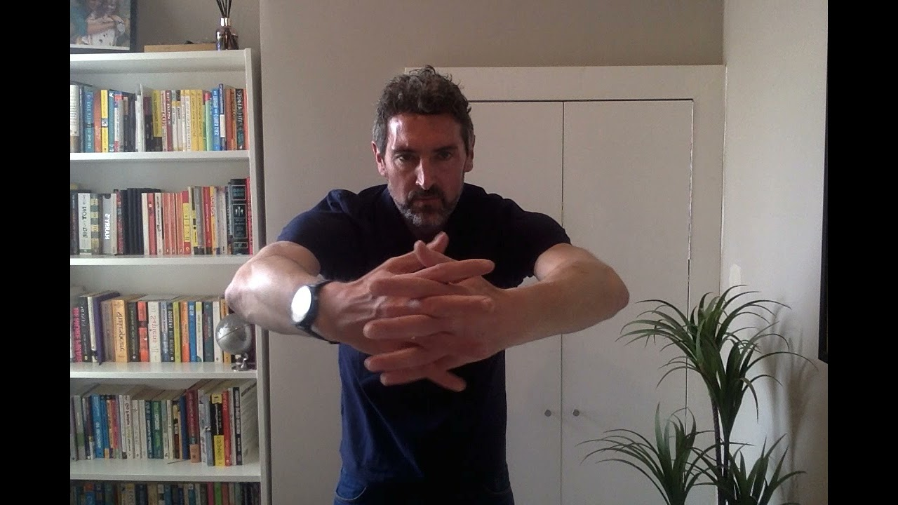 Video: Stretch and mobility breaks for a busy day