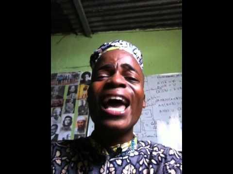 Bondoso Humorist a cantar FUMBWA brincando
