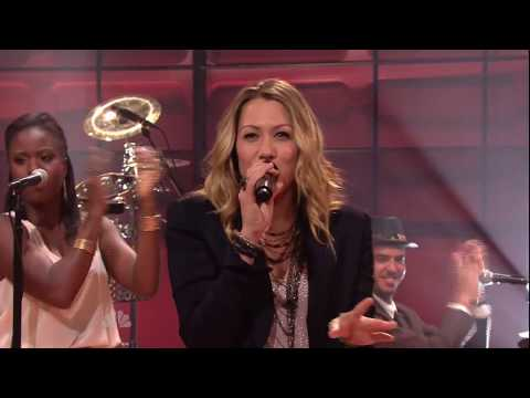 Colbie Caillat - Brighter Than The Sun (Tonight Show 2011.07.14)