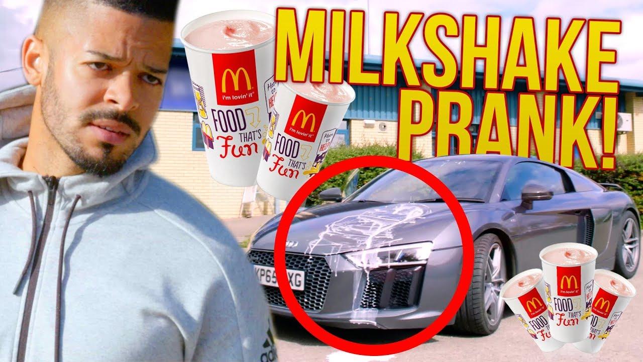 billy-savage-milkshake-prank-on-jezza