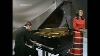 Nana Mouskouri - Schubert: Schwanengesang D957 ?4 (Ständchen / Serenade) (1968)