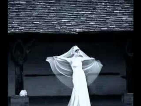 ♥Najwa Karam-El Hilm Elabyad♥ (english lyrics)
