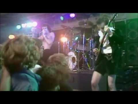 AC / DC - 03 - Problem child (Colchester - 1978)