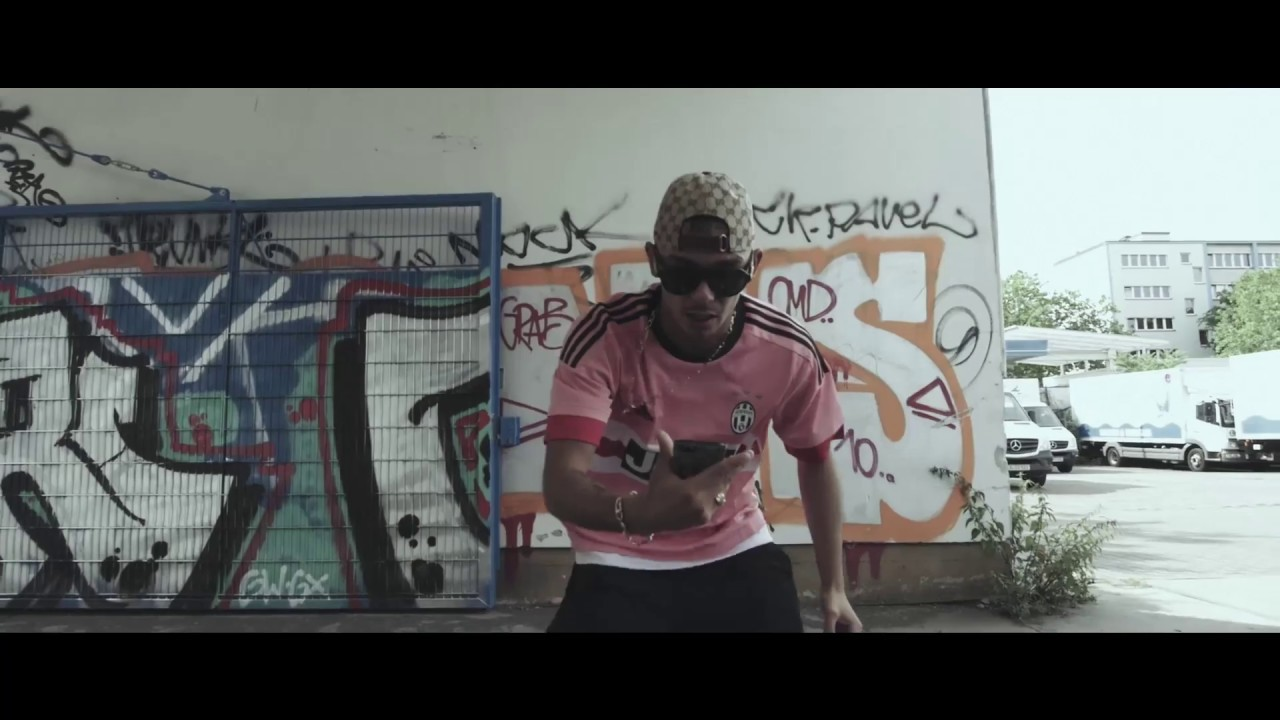 15af31c2df8 CAPITAL BRA - NUR NOCH GUCCI (prod. The Cratez x Hoodboyz) - YouTube