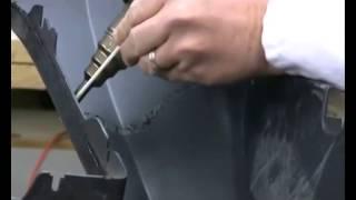 Ремонт пластикового бампера(Видео демонстрирует процесс ремонта трещины пластикового бампера при помощи плоских электродов. Более..., 2014-11-24T20:42:51.000Z)