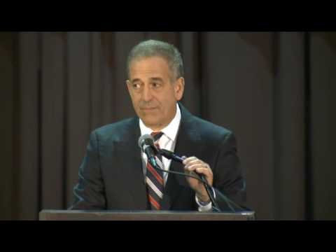 Feingold addresses supporters after failing to regain U.S. Senate seat