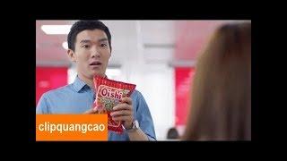 Quảng cáo Oishi Snack mới nhất 2017 | Quảng cáo Oishi vui nhộn hài hước cho bé 2017 thumbnail