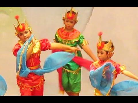 TARI KUKILO Jawa Tengah - Javanese Classical Dance [HD]