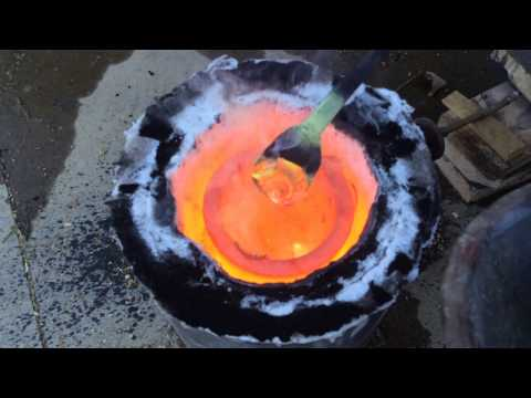 Build a metal melting foundry furnace in under 2 hours. No refractory!  FarmCraft101