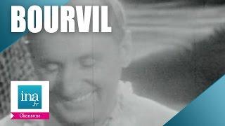 "Bourvil  ""Salade de fruits"" (live officiel) - Archive INA"