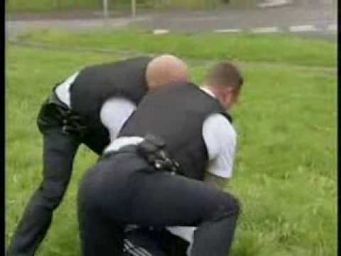 Nice Fight - Cops vs Drug Dealer