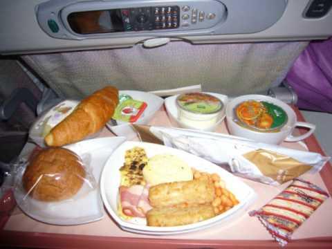 Emirates Economy class menu & meals