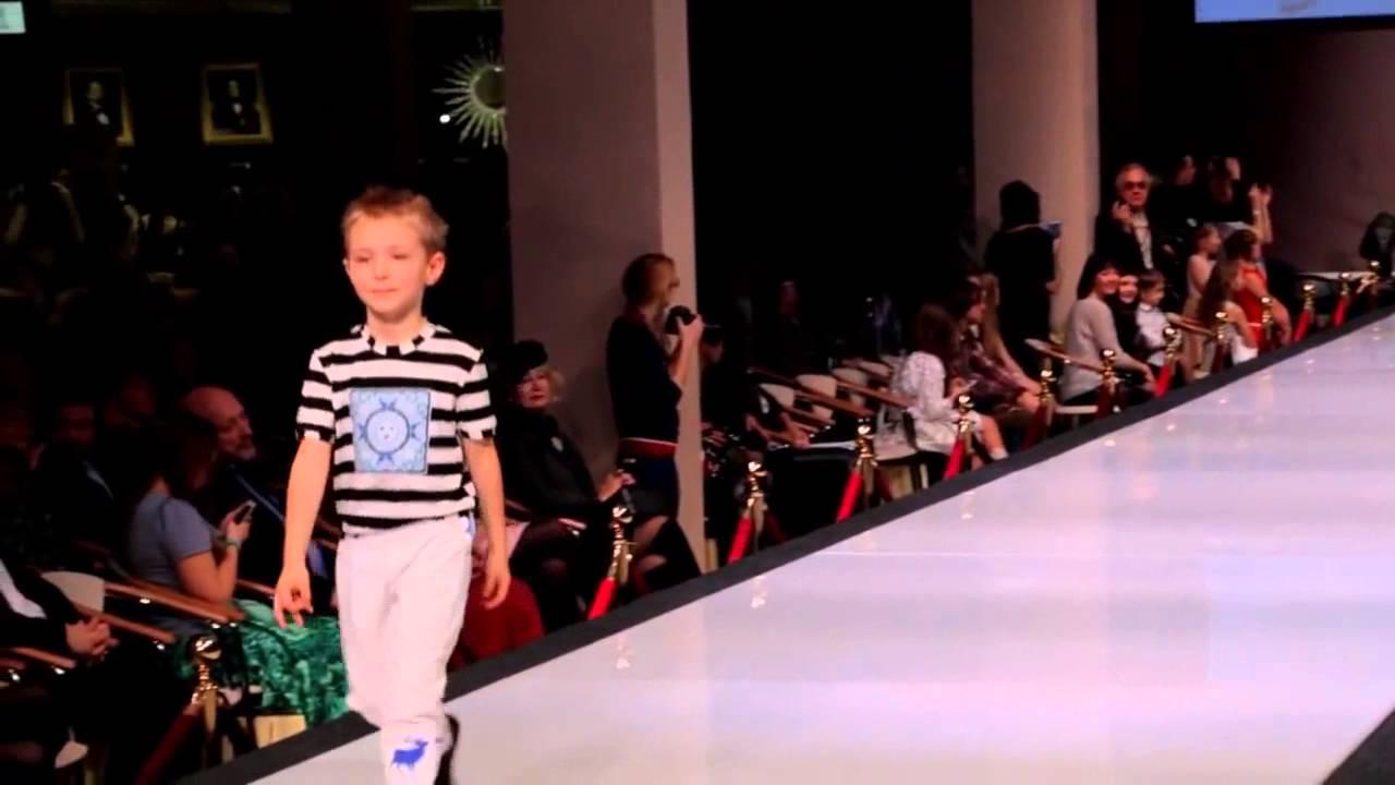 Детский показ мод PrideProduction ♥ Одежда для мальчиков на неделе моды -  YouTube f81d5f5503f