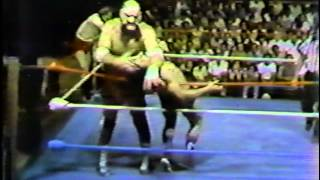 WWC: Ox Baker vs. Maravilla & Antonio Verdecilla (1983)