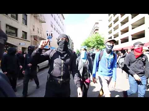 Antifa Protesters Get Trapped by Riot Police Portland Oregon June 4 2017