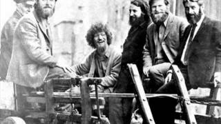 Watch Dubliners Rattling Roaring Willie video