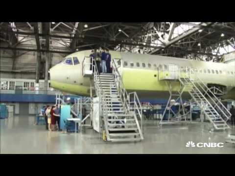 Can Russias new plane beat Airbus and Boeing?   CNBC International