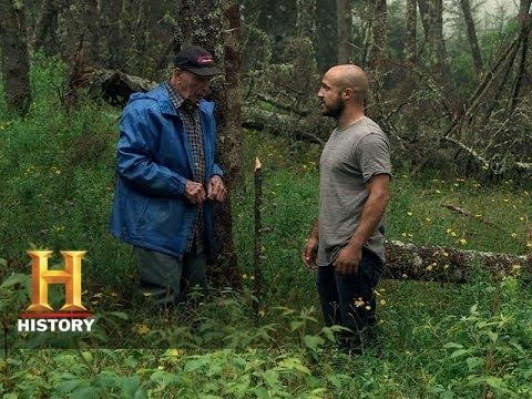 The Curse of Oak Island: Dousing the Bald Spot (S2, E7)