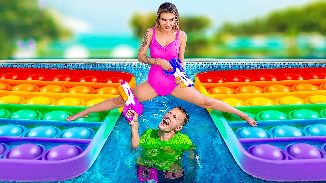 Water Gun Game! How to Beat Your Friends in a Water Fight!