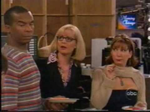 Bonnie Hunt  In Need of Assistants pt 1