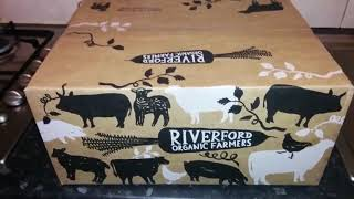 unboxing-organic-fruits-vegetables-from-riverford-organic-farmers