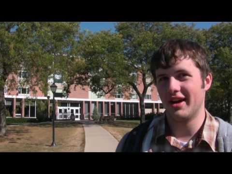 Students Offer an Impromptu Tour of Campus