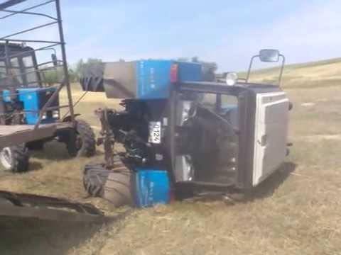 Дрифт на тракторе  МТЗ 82.1