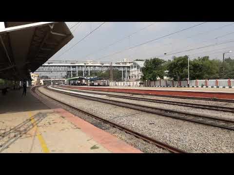 RPM 30333 WAP 7 with Bangalore City JN   Danapur  Sangamitra SF  Express Skipping BYPL