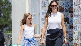 Jennifer Garner And Growing Daughter Violet In Pacific Palisades
