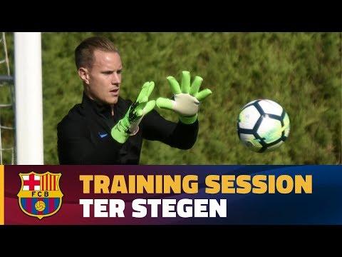 ter-stegen-training-at-ciutat-esportiva