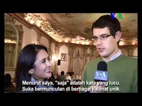 Wisuda Pelajar Bahasa Indonesia di Washington  Liputan Pop Culture VOA untuk Dahsyat  YouTube