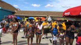 Dorney Park Boogie Down Band Cupid Shuffle