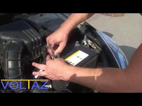 Как снять и установить аккумулятор на Kia Ceed 2011