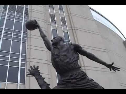 Statue of Michael Jordan