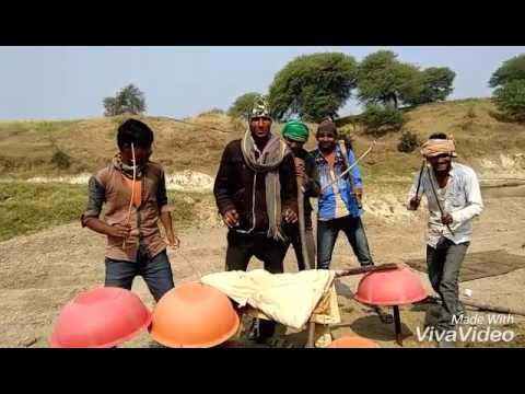 char baj gaye lekin party abhi baki hai 1080p videogolkes