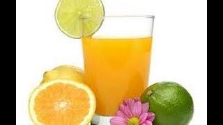 видео Как выжать сок апельсина в соковыжималке