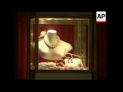 Christie's sale of jewels, including the Baroda pearls