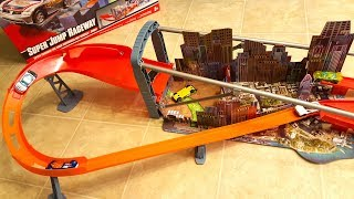Hot Wheels Super Jump Raceway Huge Motorized Playset Unboxing and Demonstration