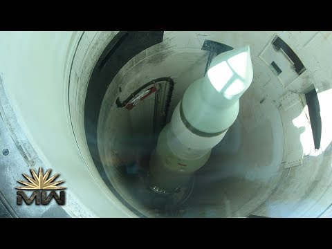 LGM-30 Minuteman III ICBM - US Intercontinental Ballistic Missile [Review]