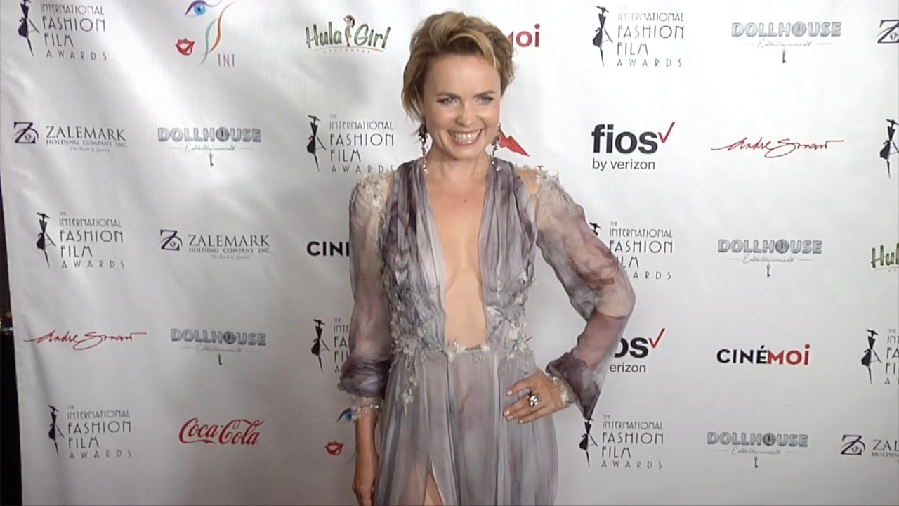 Radha Mitchell nudes (67 foto and video), Tits, Hot, Instagram, cleavage 2015