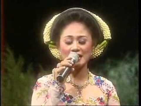 Susan Atmaja - Gelang Kalung (Gong Campursari TVRI)