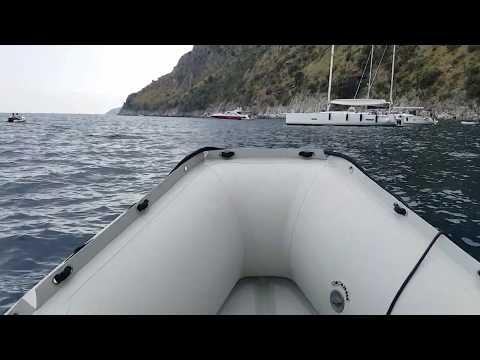 tender Honwave 380 chiglia pneumatica e motore 5 cv oltre 11 nodi di velocità