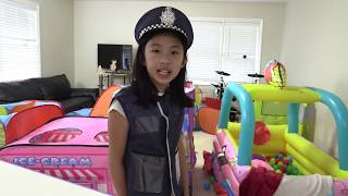Pretend Play Police with SMART THIEF Tricks the Police