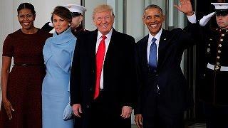 Big blue box causes awkward moment on White House steps