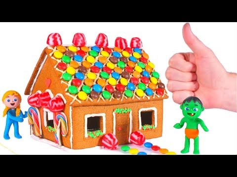 KIDS MAKING A GINGERBREAD HOUSE 鉂� SUPERHERO PLAY DOH CARTOONS FOR KIDS