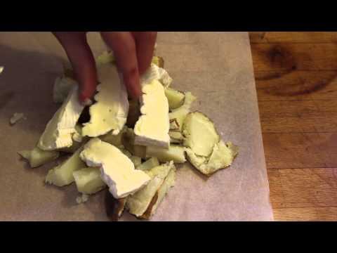 pommes-de-terre-au-camembert-au-barbecue