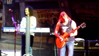 Smokie - What Can I Do (Crocus City Hall, Moscow, Russia, 30.03.2014)